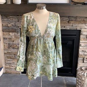 LaROK boho floral bell sleeve blouse top